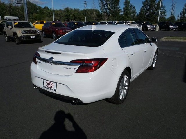 2016 Buick Regal 4dr Sdn Turbo FWD