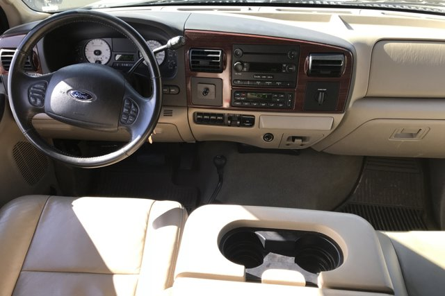 Used 2005 Ford F-250 Lariat