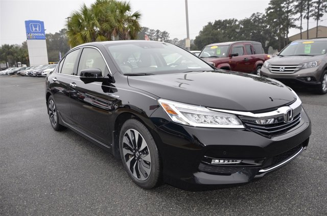 New 2017 Honda Accord Hybrid in Savannah, GA