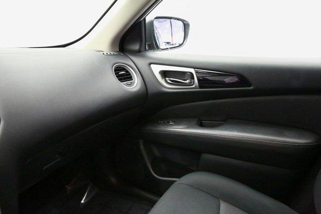 2018 Nissan Pathfinder for sale 120765 21