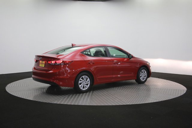 2017 Hyundai Elantra for sale 121270 35