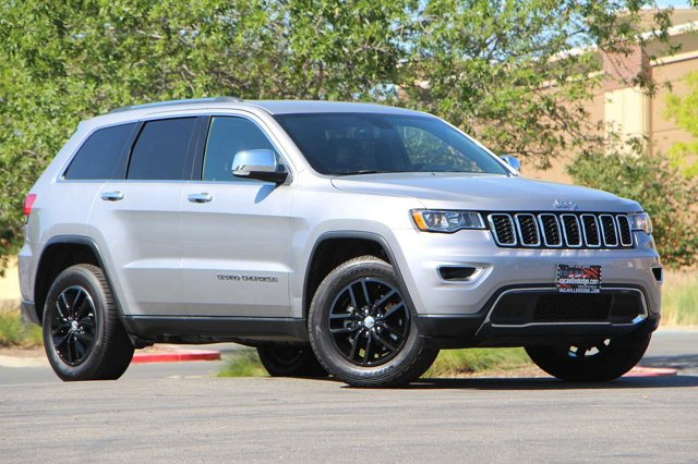 2018 Jeep Grand Cherokee Limited 33