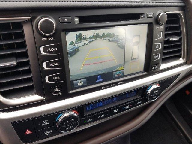 New 2019 Toyota Highlander Hybrid Limited Platinum V6 AWD