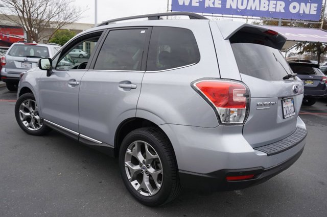 Used 2017 Subaru Forester 2.5i Touring CVT