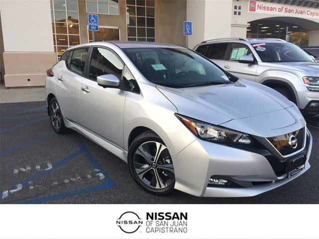 2020 Nissan LEAF SV SV Hatchback Electric [0]