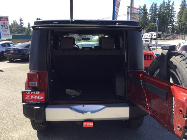 Used 2009 Jeep Wrangler Unlimited 4WD 4dr Sahara