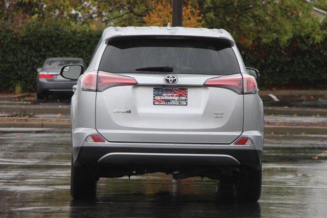 2018 Toyota RAV4 XLE 5