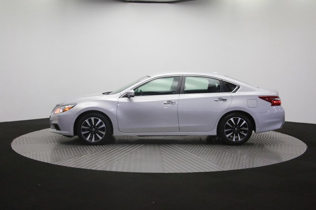 2018 Nissan Altima for sale 121696 55