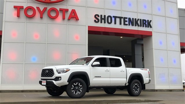 New 2020 Toyota Tacoma in Quincy, IL