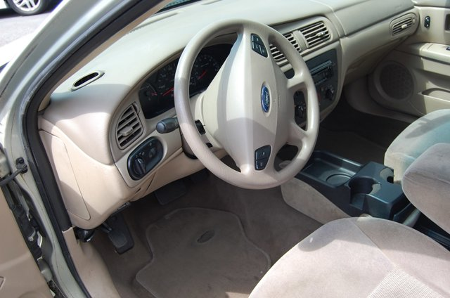 Used 2003 Ford Taurus 4dr Sdn SES Standard