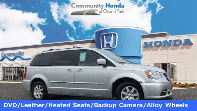Used 2012 Chrysler Town & Country in Orland Park, IL