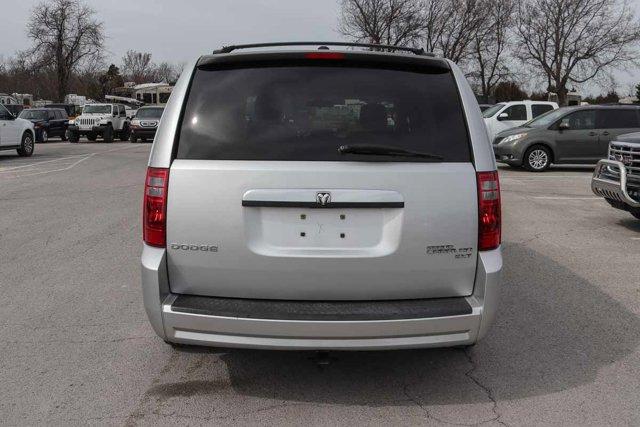 Pre-Owned 2009 Dodge Grand Caravan SXT