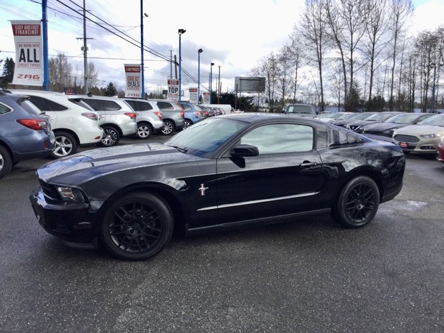 Used 2012 Ford Mustang 2dr Cpe V6 Premium