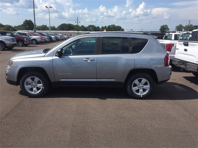 New 2016 Jeep Compass in Dyersburg, TN