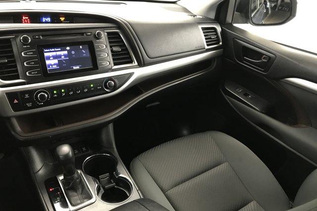 Used 2019 Toyota Highlander LE
