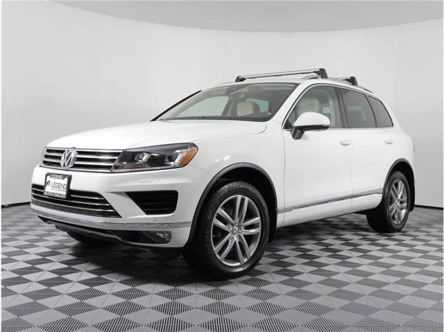 2016 Volkswagen Touareg VR6 Lux Sport Utility 4D