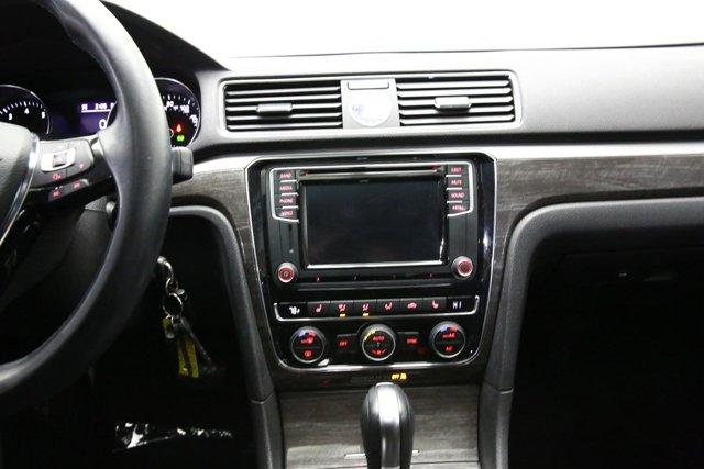 2016 Volkswagen Passat for sale 122793 10