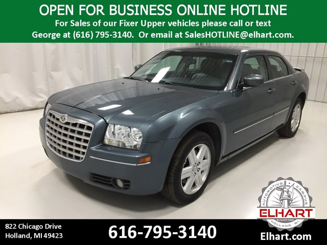Used 2005 Chrysler 300 in Holland, MI
