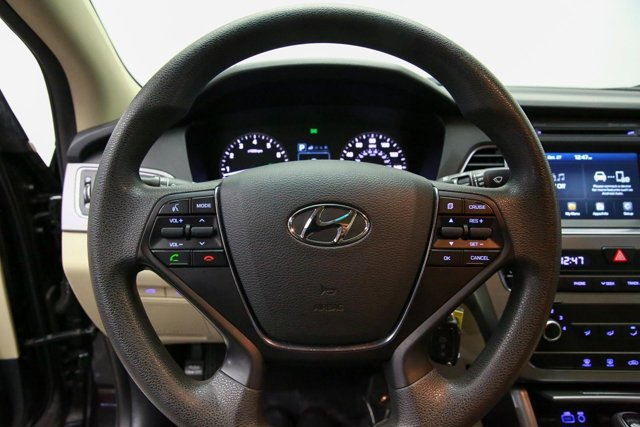 2016 Hyundai Sonata for sale 121796 9