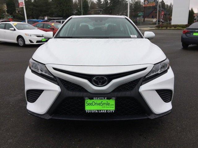 New 2020 Toyota Camry SE Auto