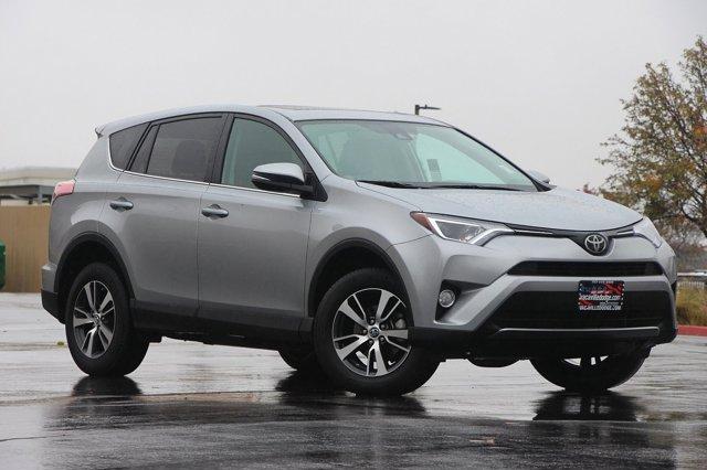 2018 Toyota RAV4 XLE 30