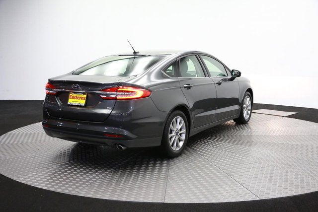 2017 Ford Fusion for sale 121651 4