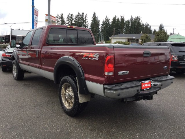 Used 2005 Ford Super Duty F-350 SRW Crew Cab 172 Lariat 4WD