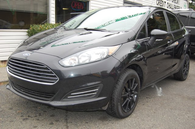Used 2015 Ford Fiesta 4dr Sdn S