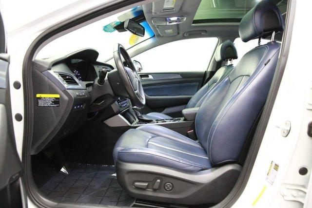 2017 Hyundai Sonata Hybrid for sale 125172 12