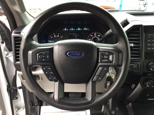 Used 2016 Ford F-150 4WD SuperCrew 145 XL