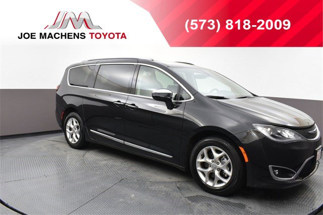Used 2020 Chrysler Pacifica in , MO