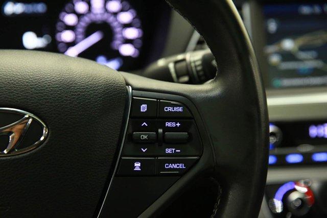 2017 Hyundai Sonata Hybrid for sale 125172 15