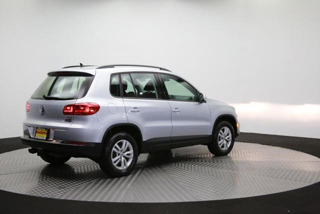 2017 Volkswagen Tiguan for sale 122838 34