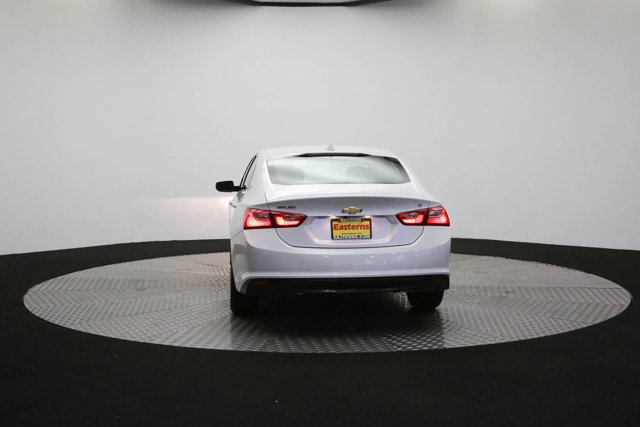 2017 Chevrolet Malibu for sale 124683 31