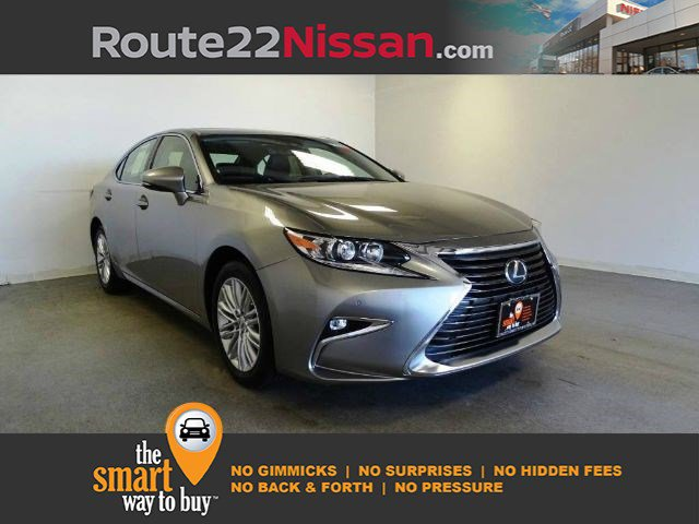 2017 Lexus ES ES 350 ES 350 FWD Regular Unleaded V-6 3.5 L/211 [0]