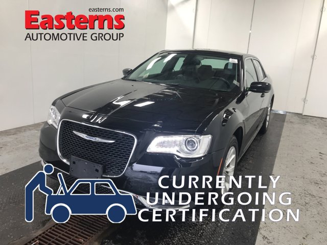 2016 Chrysler 300 Limited Premium 4dr Car