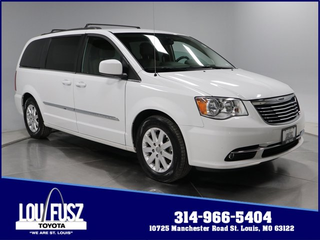Used 2016 Chrysler Town amp Country in St. Louis, MO