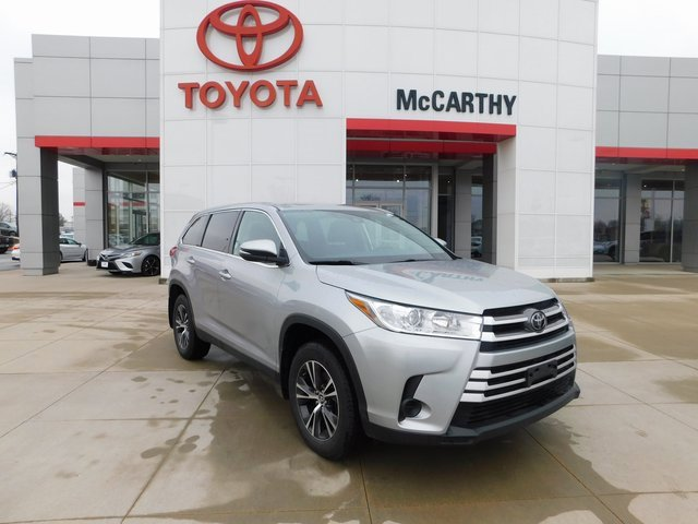 Used 2019 Toyota Highlander in Kansas City, MO