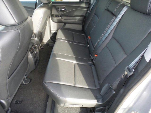 New 2017 Honda Ridgeline RTL 4x2 Crew Cab 5.3' Bed