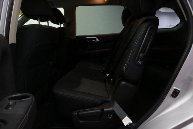 2018 Nissan Pathfinder for sale 121327 21