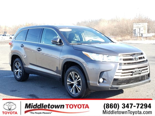 Used 2019 Toyota Highlander in Middletown, CT