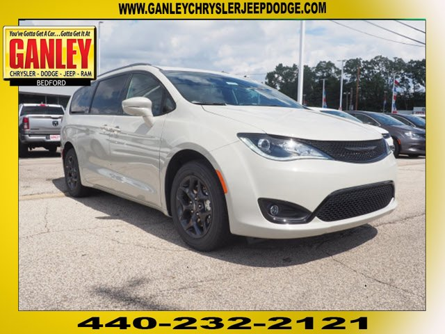 New 2020 Chrysler Pacifica in Cleveland, OH