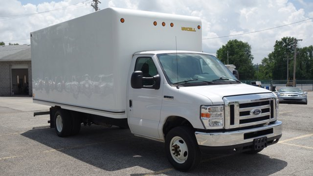 Used 2017 Ford E-Series Cutaway in St. Louis, MO