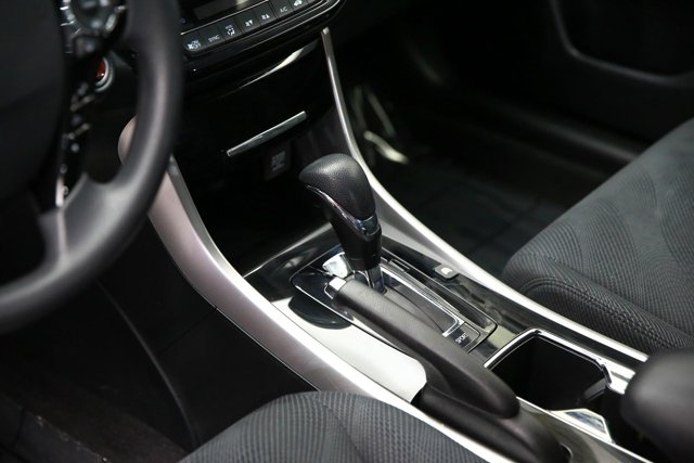 2017 Honda Accord Hybrid for sale 124082 11