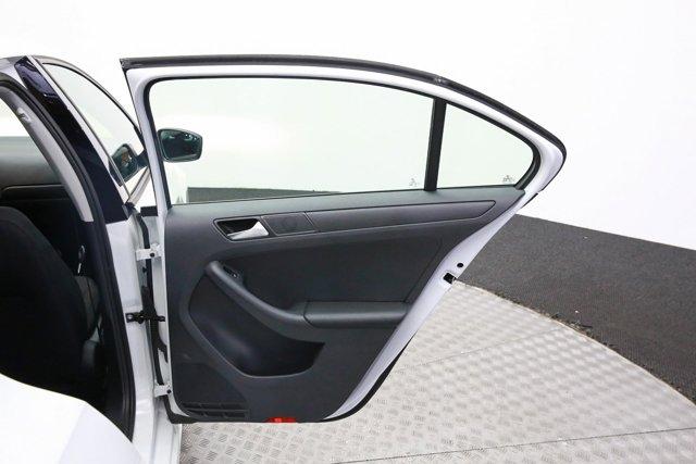 2016 Volkswagen Jetta for sale 120936 25