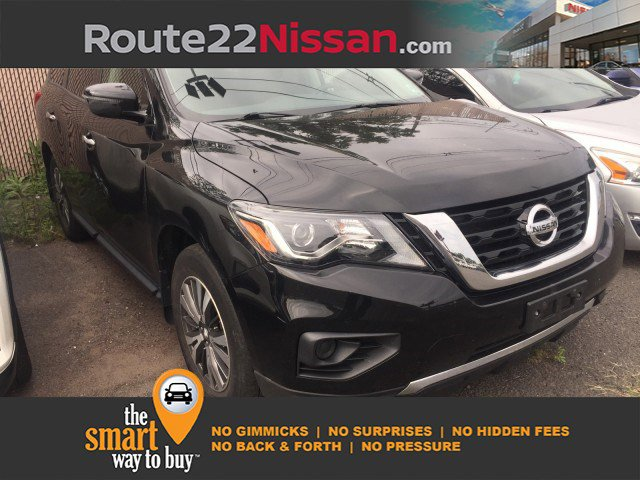 2017 Nissan Pathfinder S 4x4 S Regular Unleaded V-6 3.5 L/213 [23]