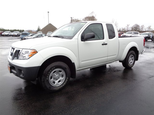 New 2017 Nissan Frontier King Cab 4x2 S Auto