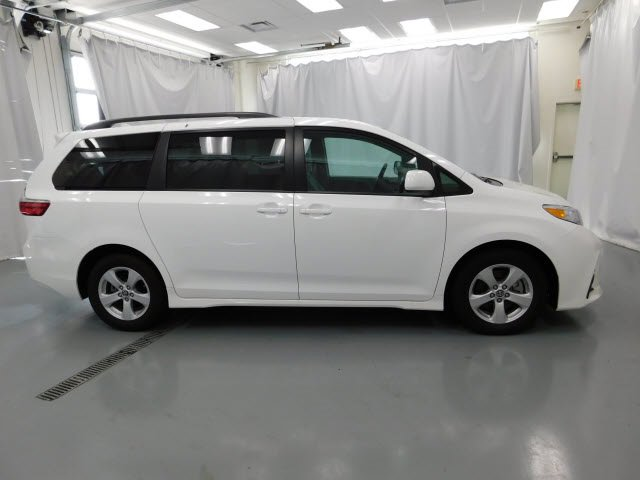Used 2020 Toyota Sienna in Manchester, TN