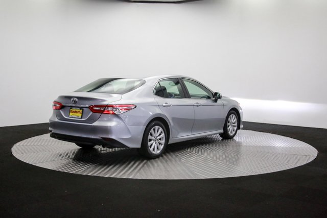 2018 Toyota Camry for sale 121811 34