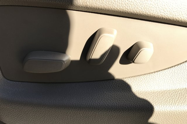 Used 2019 GMC Yukon 4WD 4dr SLT Standard Edition